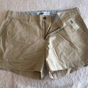 NEW Old Navy Khaki Everyday Shorts Womens 10